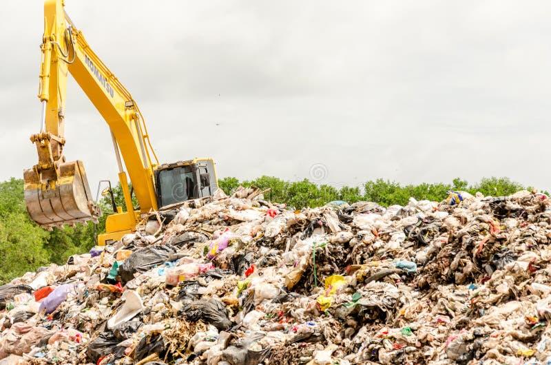 宋卡,泰国- 8月4 :市政废物处置 免版税图库摄影