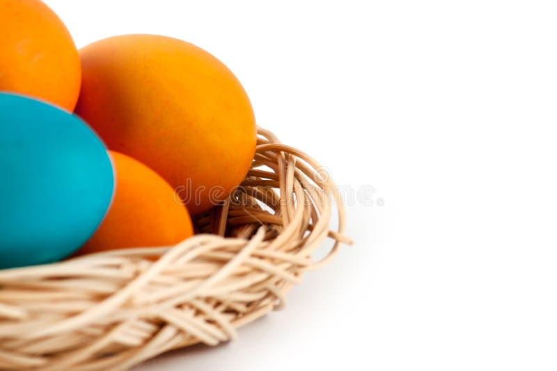 完善的五颜六色的手工制造复活节彩蛋 免版税库存照片