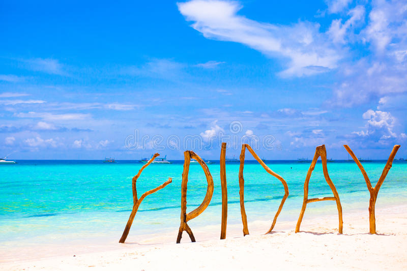 完善的白色沙滩和绿松石海 免版税图库摄影