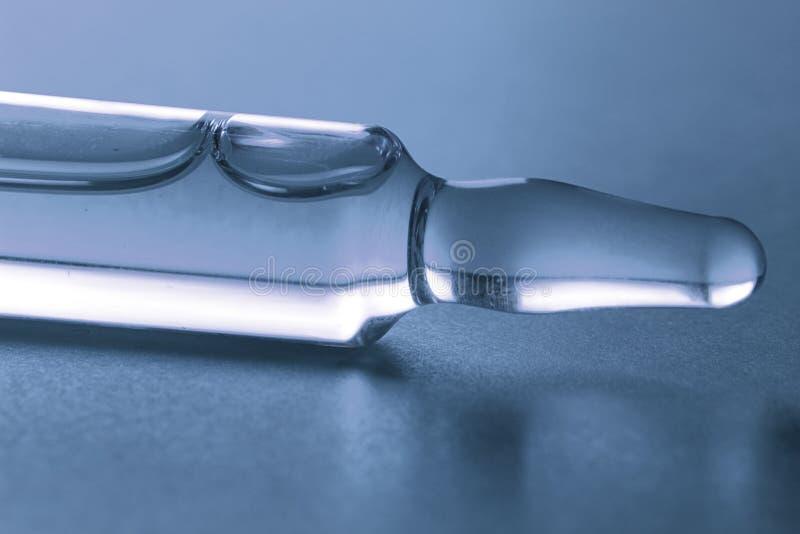 宏观小玻璃瓶 免版税图库摄影