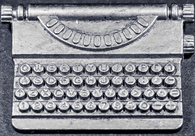 宏观微小的老打字机 库存图片