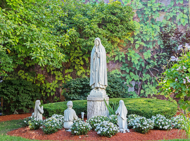 宗教祈祷的雕象 库存图片
