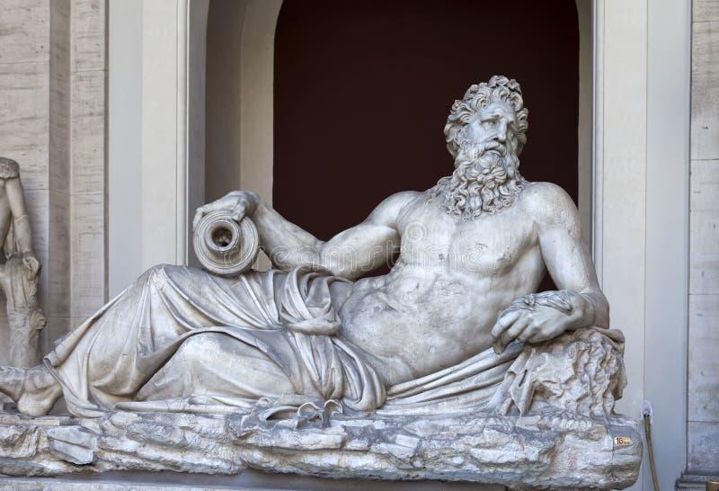 宙斯古老雕象在2011年5月24日的梵蒂冈博物馆在梵蒂冈,罗马,意大利 库存照片