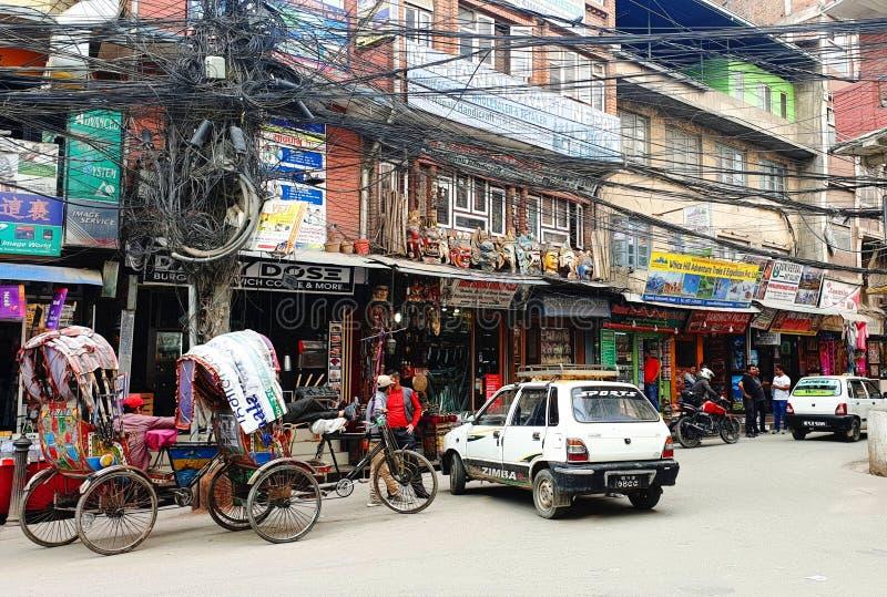 定期街道生活在加德满都,尼泊尔的首都 图库摄影