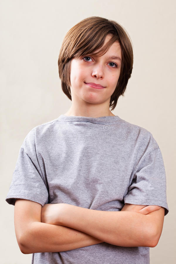 实际人纵向: 腰部,青春期前的男孩 免版税库存图片