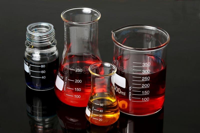 实验室烧瓶玻璃器皿 免版税库存图片