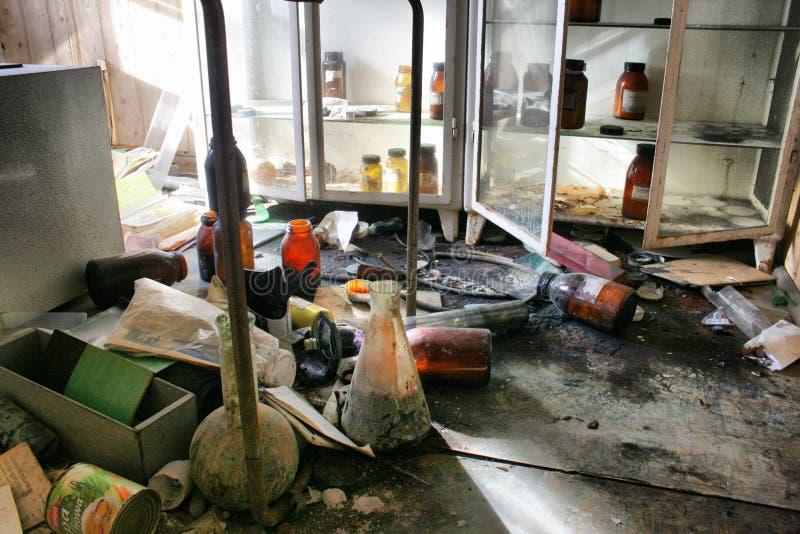 实验室-被放弃的工厂 免版税库存图片