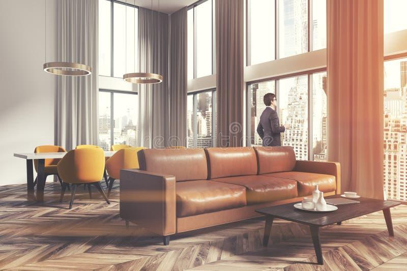 客厅和餐厅壁角棕色人 免版税图库摄影