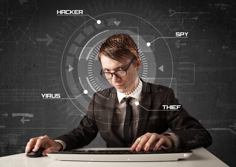 年轻黑客在乱砍个人informati的未来派环境里 图库摄影