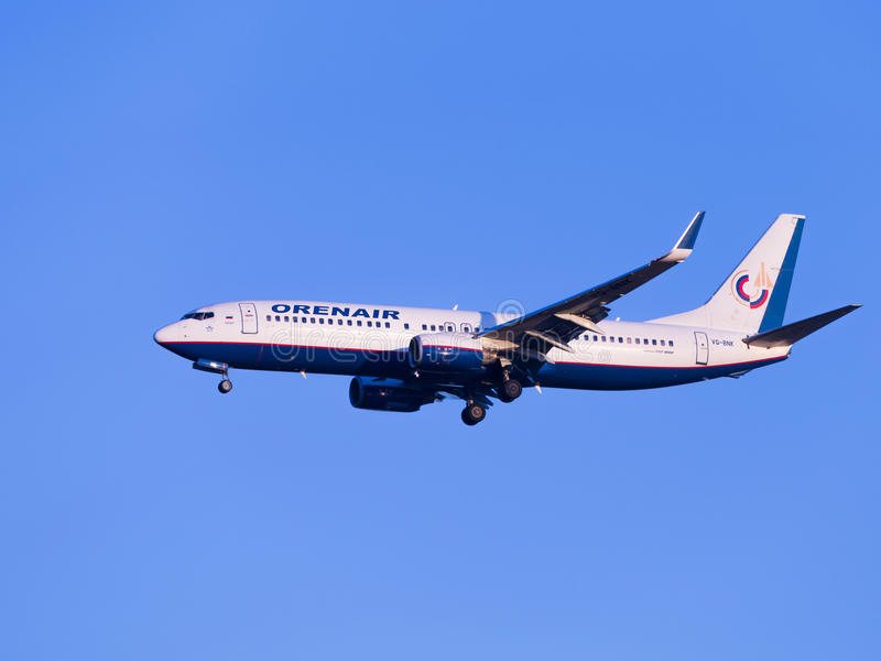 客机波音737-8K5, Orenair航空公司 免版税库存照片