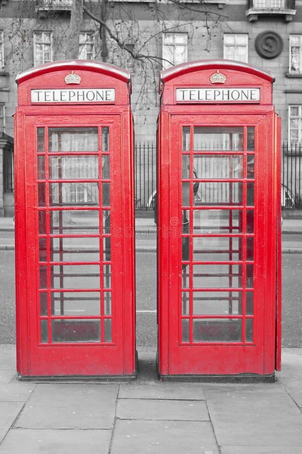 客舱伦敦典型电话的红色二 免版税库存图片