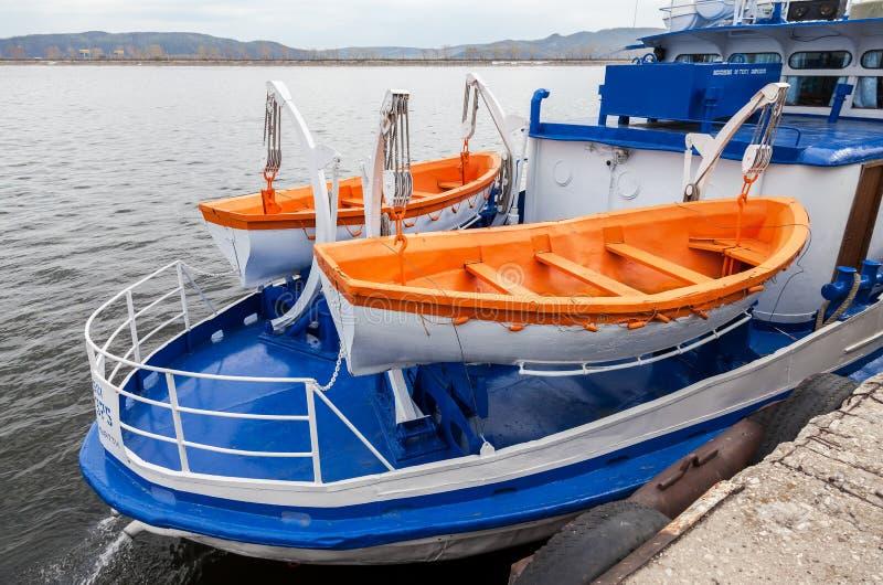 客船的安全救生艇 免版税库存图片