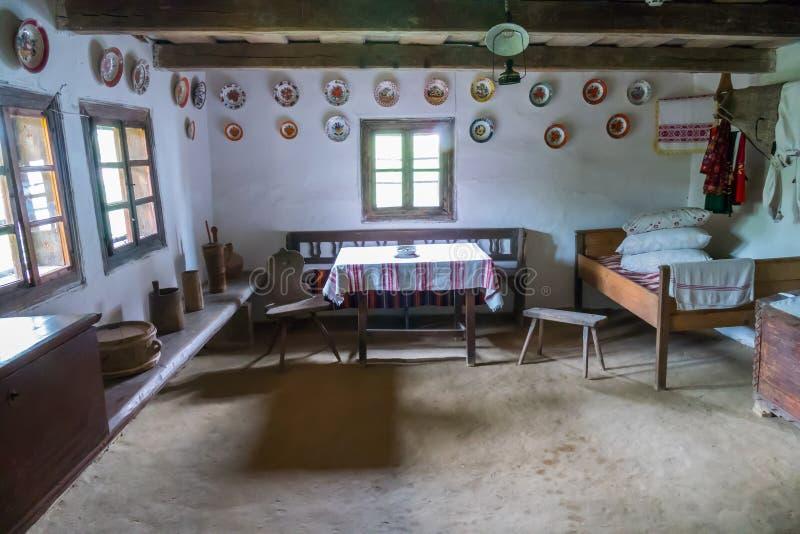 室在有古老历史人工制品的一个博物馆 库存照片