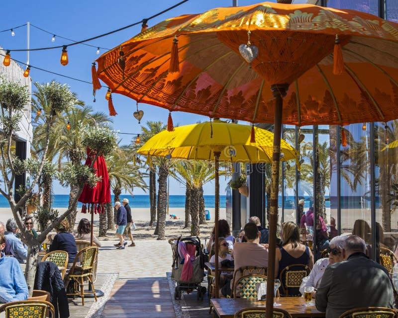 室外咖啡馆在Javea 免版税库存照片