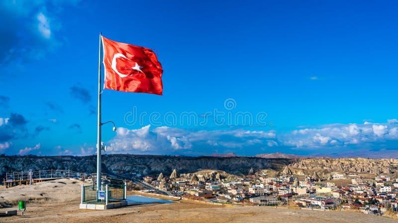室外土耳其旗子风吹 免版税库存图片