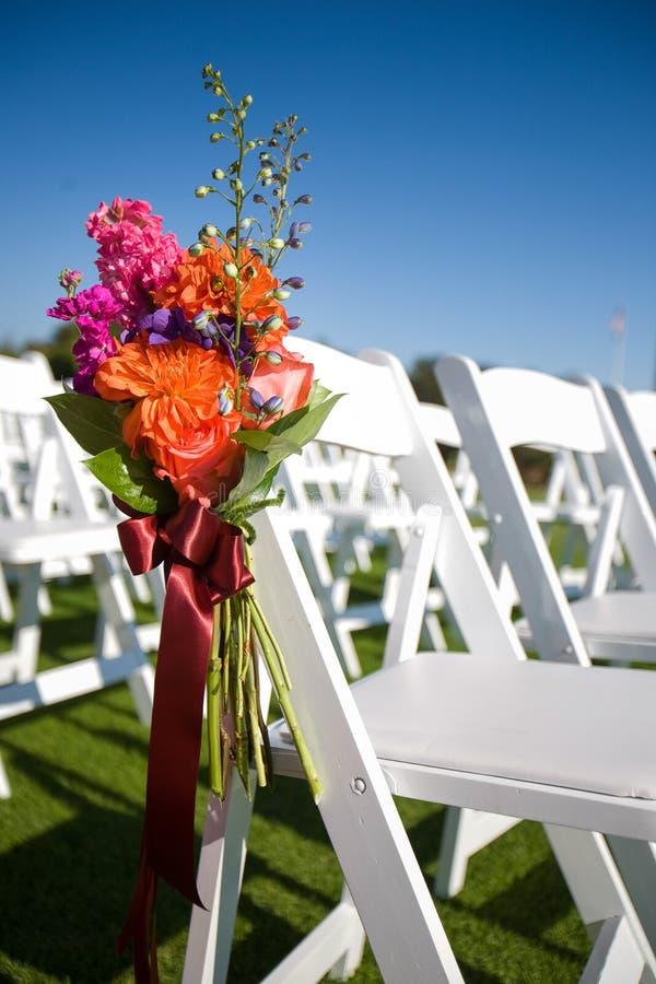 Download 室外婚礼走道 库存照片. 图片 包括有 言情, 蓝色, 浪漫, 装饰, 仪式, 活动, 编排者, 注意, 椅子 - 59109776
