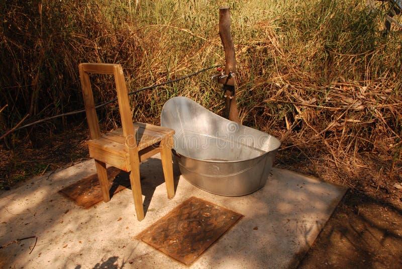 室外的浴缸 图库摄影