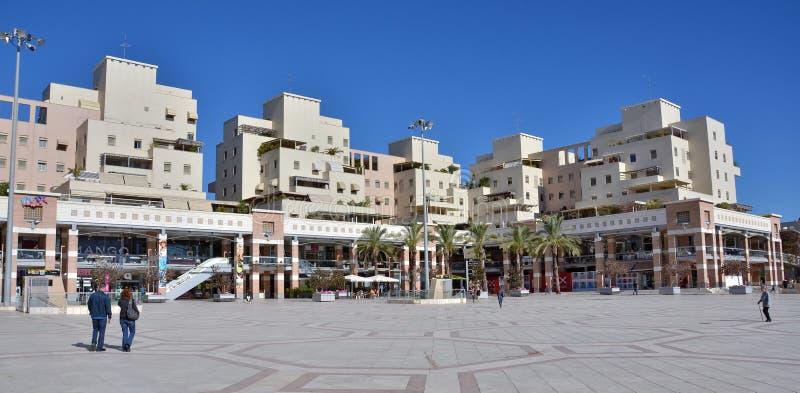 室外购物中心在卡法萨巴,以色列 免版税库存照片