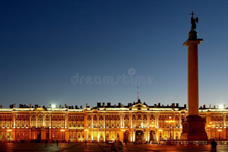 宫殿彼得斯堡俄国st冬天 免版税库存图片