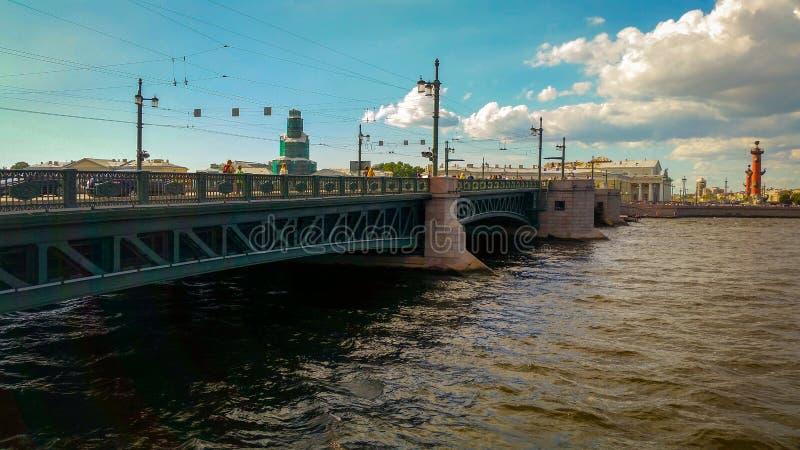 宫殿桥梁 库存图片