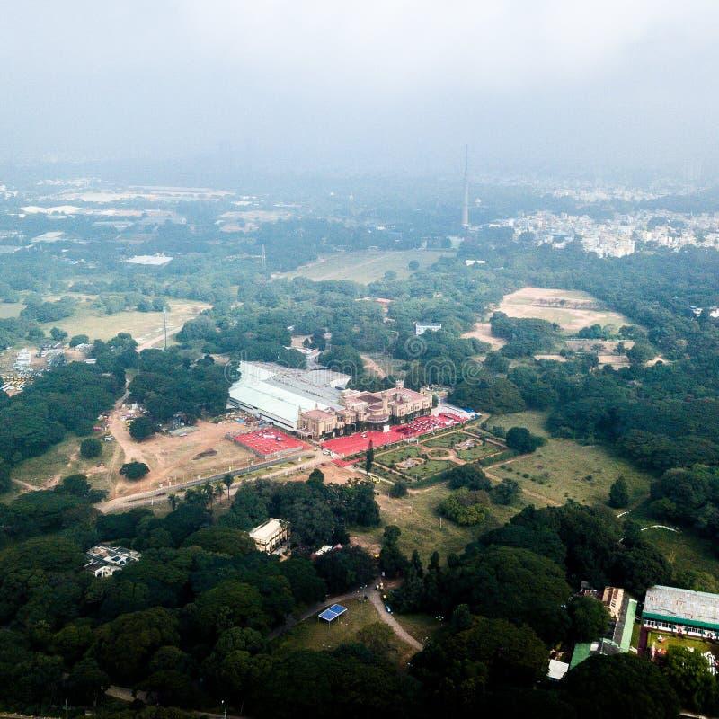 宫殿鸟瞰图在班格洛印度 免版税库存图片
