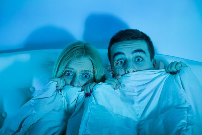 害怕夫妇在家 库存照片