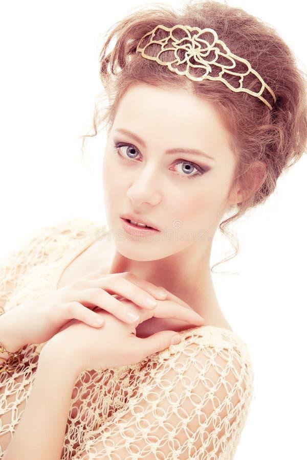 害羞王冠的女孩 免版税库存照片