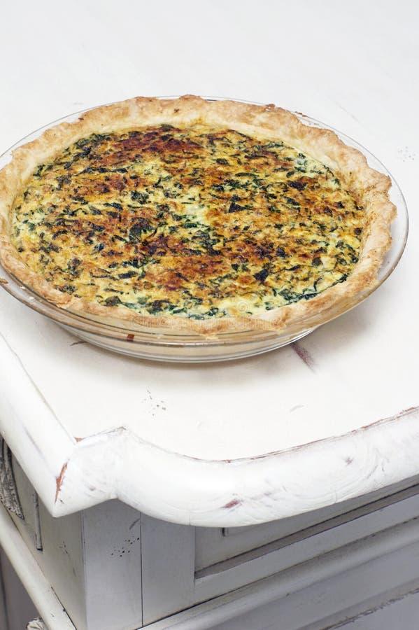 家做菠菜和Ricotta饼 免版税图库摄影
