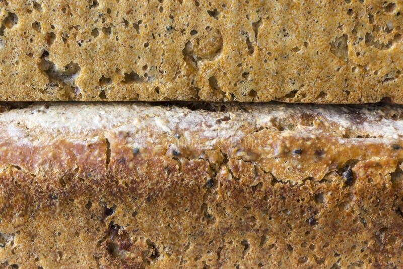 家制面包两个大面包  免版税库存照片