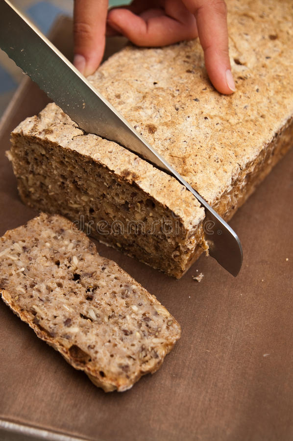 家制面包过程 免版税库存照片