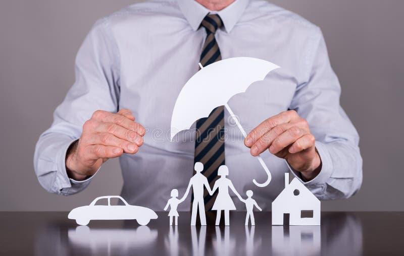 家庭、房子和汽车保险概念 库存照片