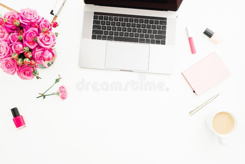 家庭办公室书桌 E 平的位置 上面竞争 免版税库存照片