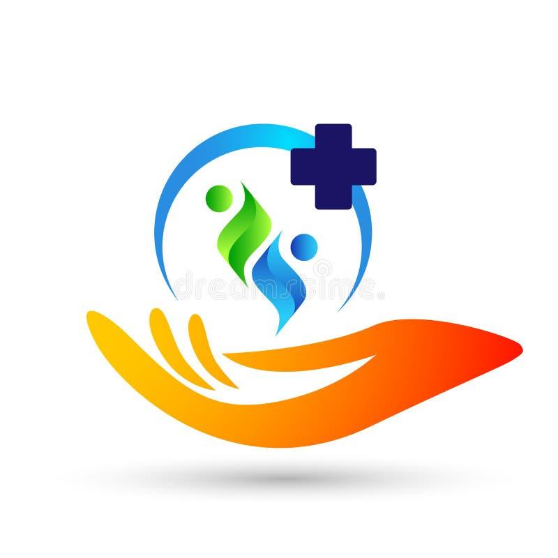 家庭医疗健康生活十字架诊所手关心孩子爱的商标父母,保护标志象在白色背景的设计传染媒介 皇族释放例证