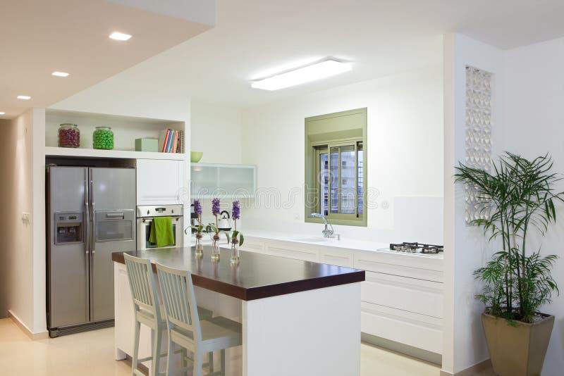 家庭厨房现代新 库存图片