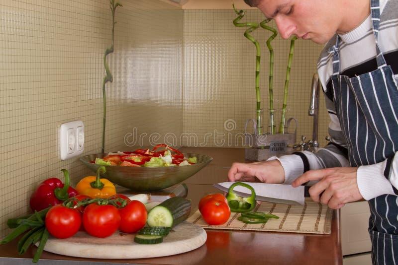 家庭厨房男 图库摄影