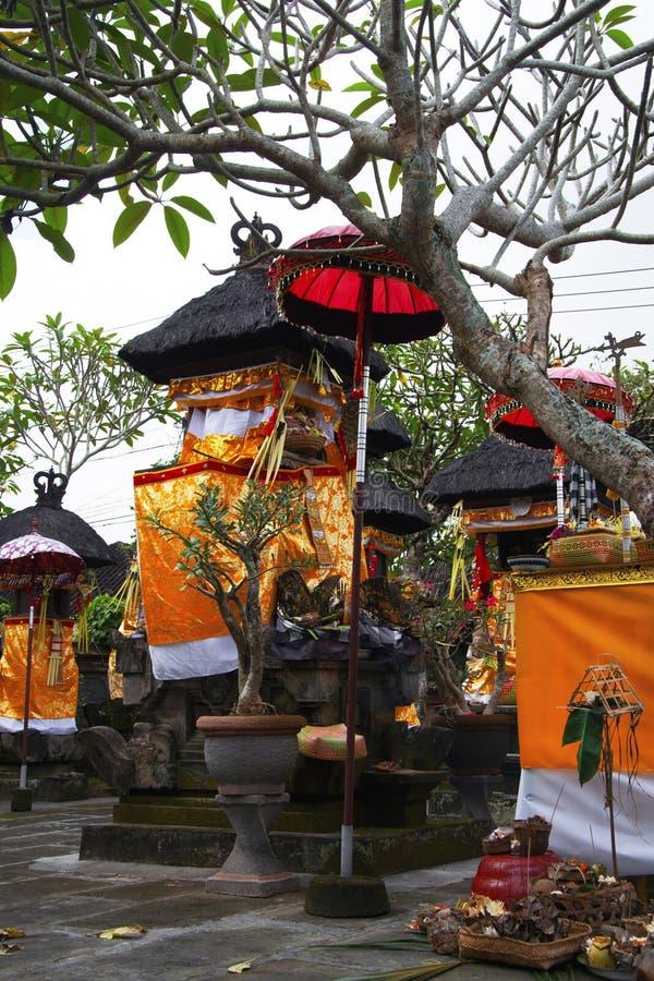 家庭寺庙在巴厘语房子里 免版税库存照片