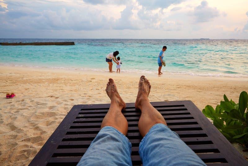 家庭度假, Vittaveli海岛,马尔代夫 免版税库存照片