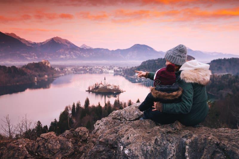 家庭旅行欧洲 流血的湖斯洛文尼亚 免版税库存图片