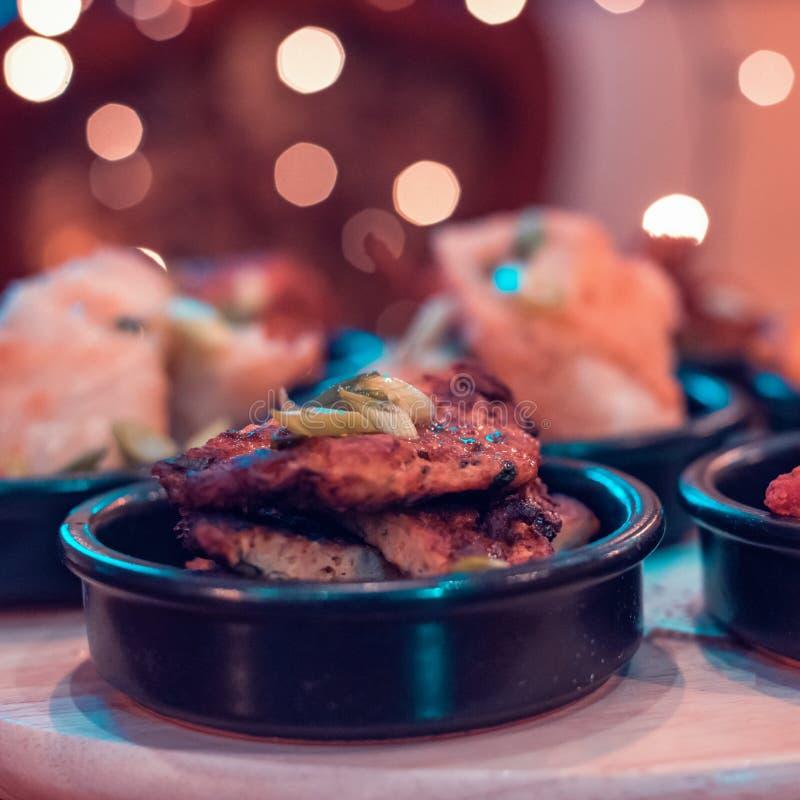 家庭样式做鸡chaplie kebab 库存图片