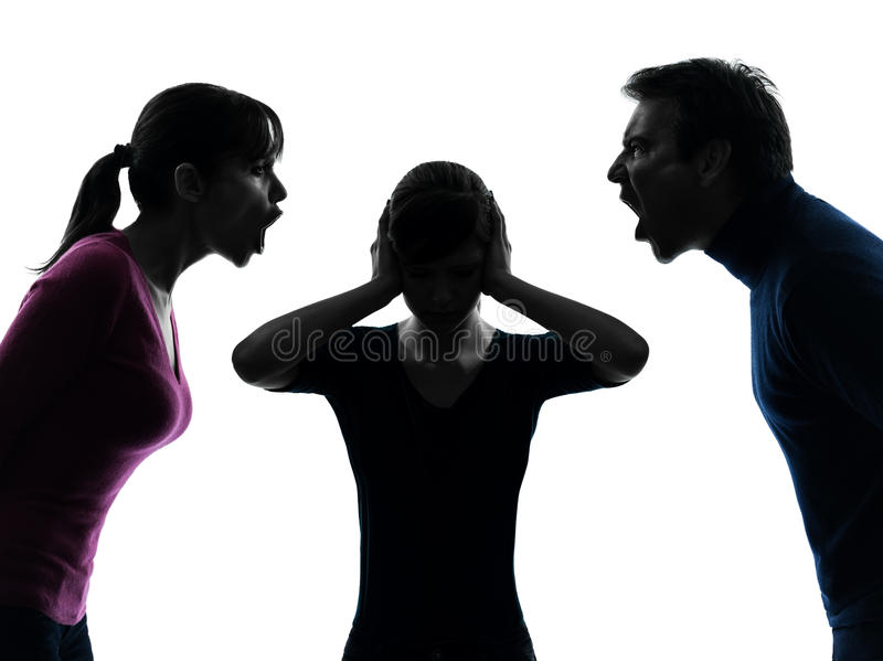 家庭父亲母亲女儿争执叫喊的剪影 库存照片