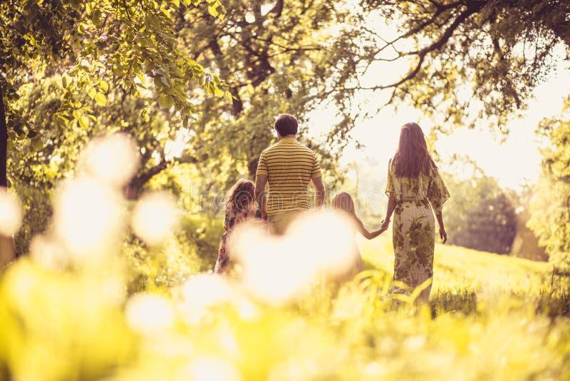 家庭的时刻 防御cesky遗产krumlov季节春天查看世界 免版税图库摄影