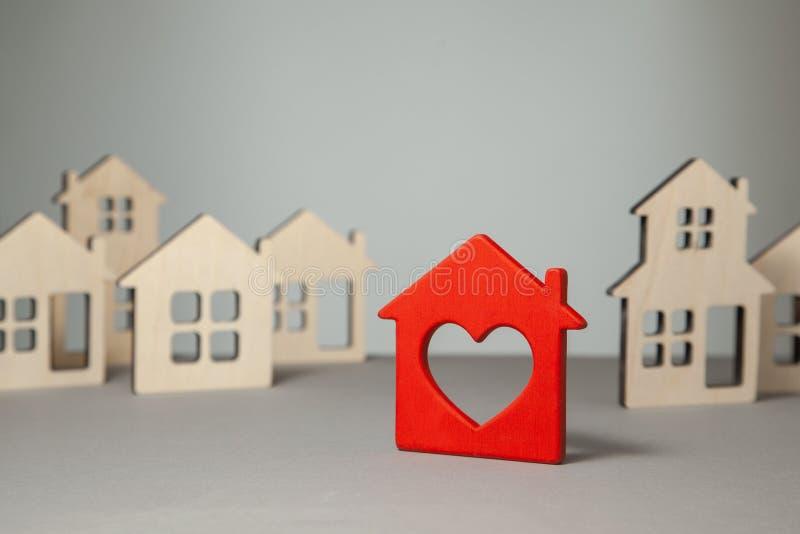 家的查寻和选择购买或租的 免版税库存图片