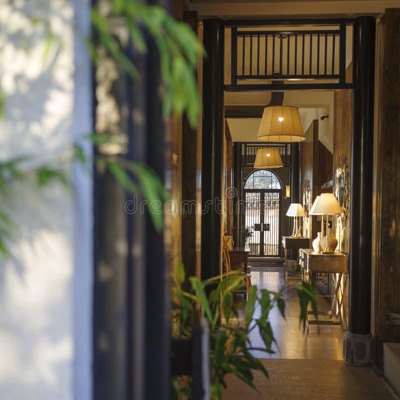 家设计的旅馆的角落 库存图片