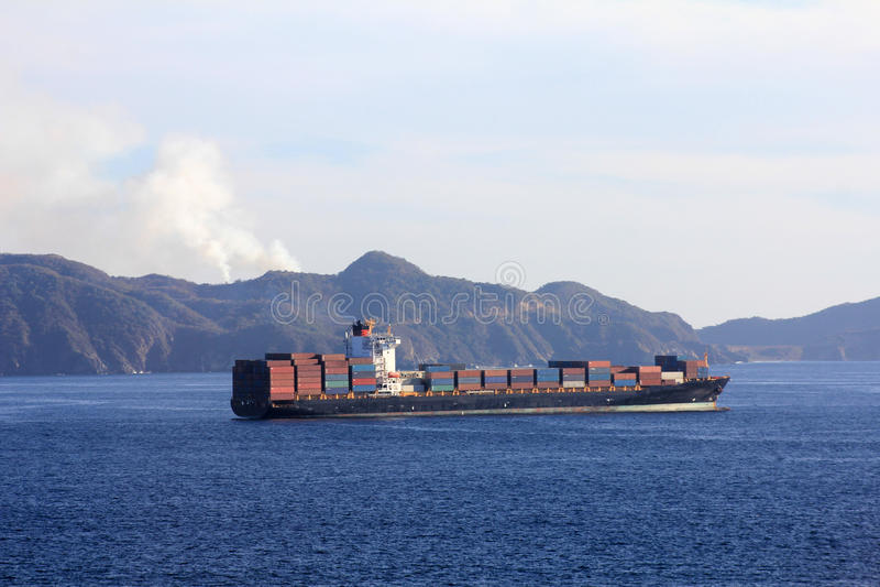 容器端口帆船 免版税库存照片