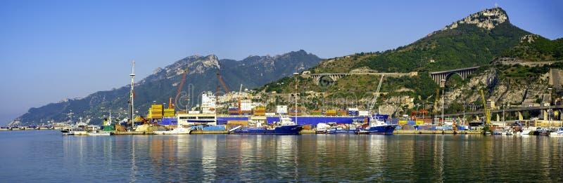 容器货船和货物的后勤学和运输 免版税库存照片