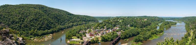 宽全景俯视的竖琴师轮渡,从玛丽的西维吉尼亚 免版税库存图片