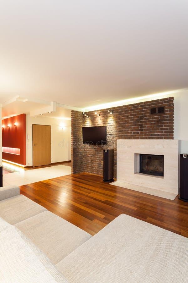 宽敞公寓-现代内部 库存照片