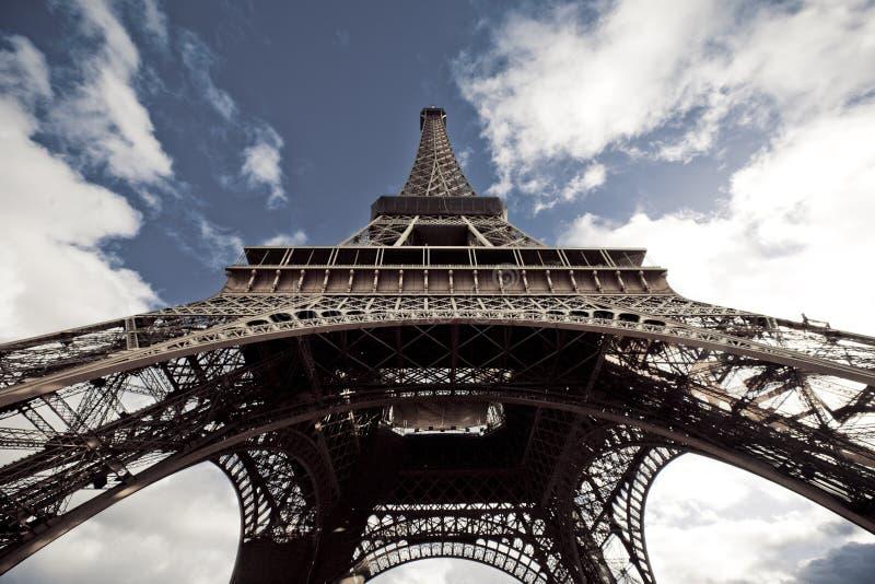 宽的埃佛尔铁塔 库存图片