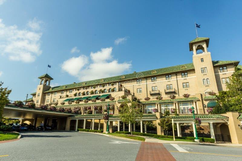 宾夕法尼亚州好时市/美国 — 10月 2017年1月15日:历史悠久的Hershey Hotel酒店入口的景观图 免版税图库摄影