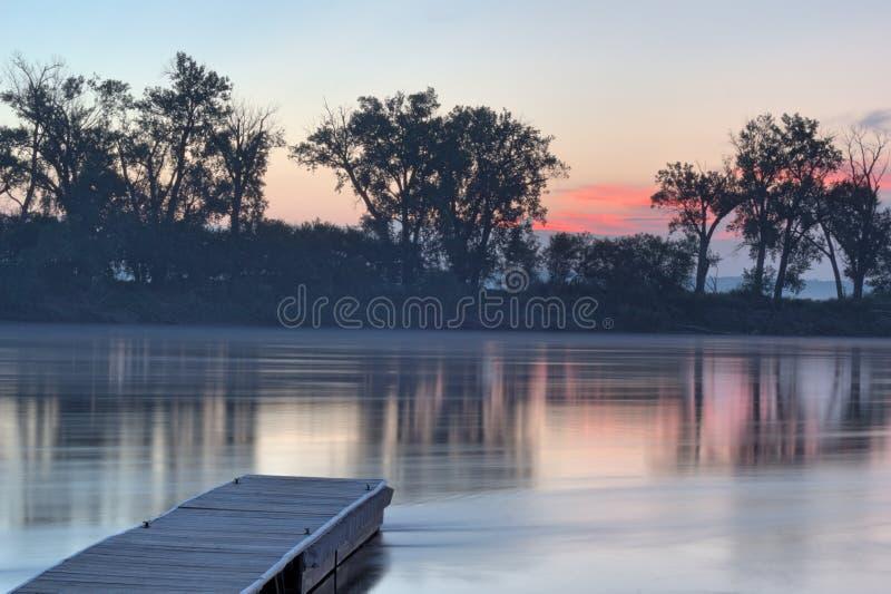 密苏里河的船坞 库存图片